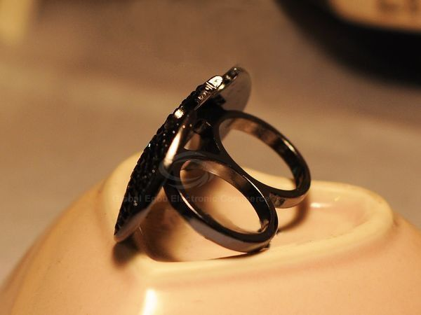 Punk Style Rhinestoned Bat Shape Finger Ring