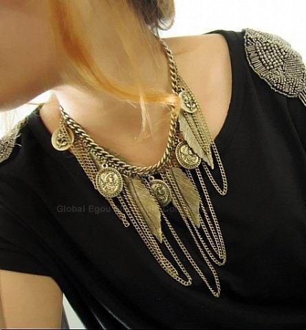 Vintage Western Style Tassel and Leaf Embellished Alloy Women's Necklace