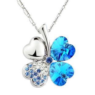 Clover Rhinestone Decorated Pendant Necklace