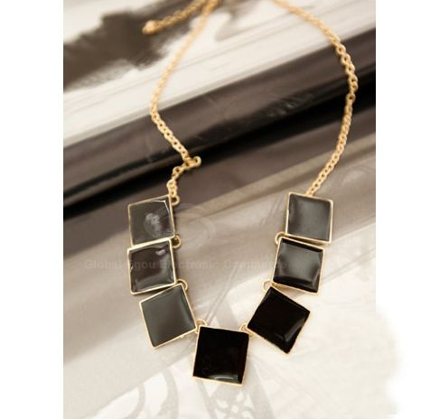 Retro Square Pendant Necklace