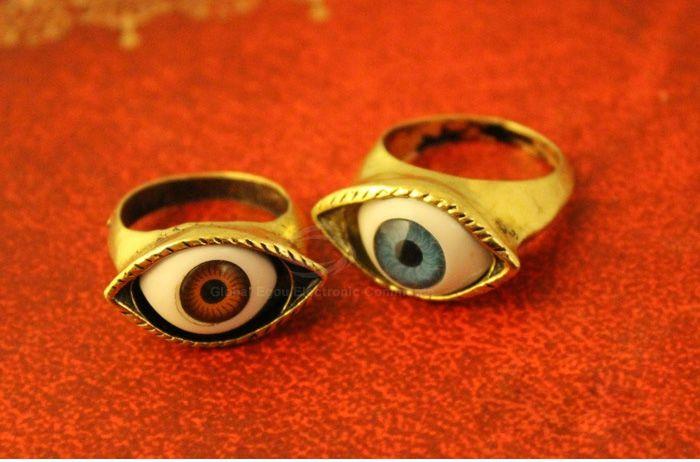 Vintage Eye Shaped Decorated Ring