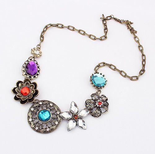Vintage Gorgeous Rhinestoned Women's Multielement Flower Shape Pendants Necklace