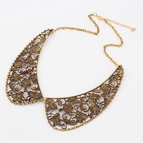 Delicate Vintage Openwork Fake Collar Shape Pendant Women's Alloy Necklace