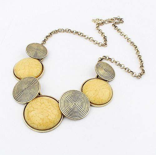 Spiral Print Embellished Round Pendant Alloy Necklace