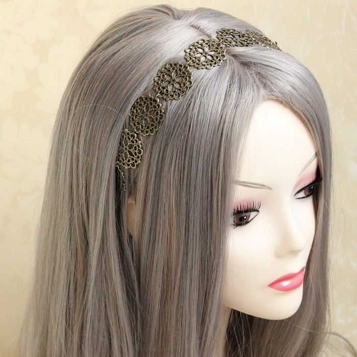 Exquisite Hollow Flower Embellished Alloy Hairband For Women