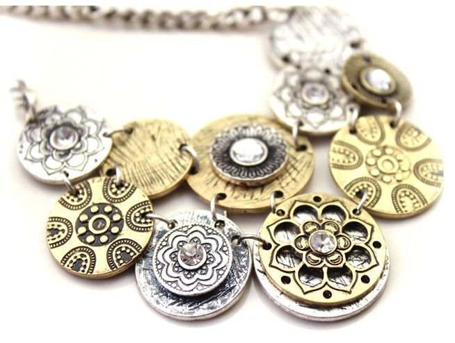 Vintage Style Circle Linked Embellished Necklace For Women