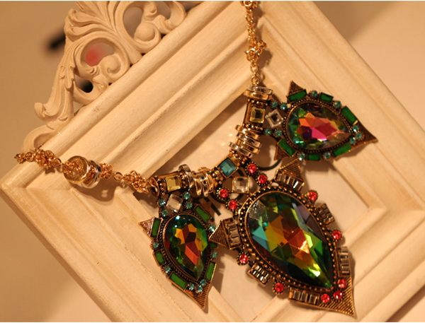 Alloy Faux Gemstone Water Drop Pendant Necklace