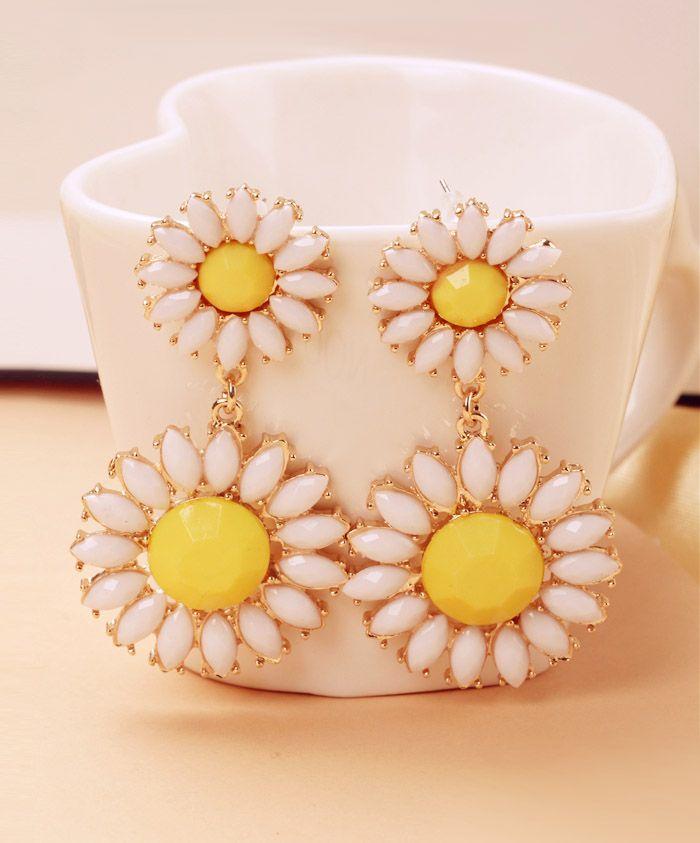 Colored Daisy Shape Drop Earrings