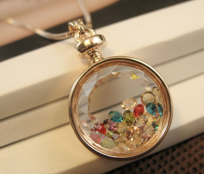 Faux Crystal Round Pendant Necklace