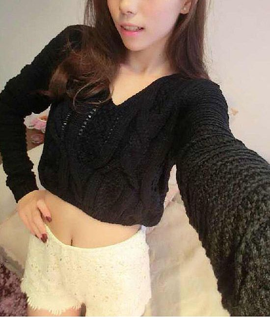 Long Sleeves V-Neck Cable Knit Openwork Dropped-Waist Sexy Women's Short Sweater