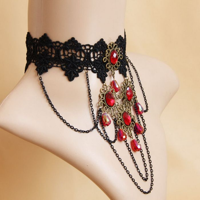 Gothic Fake Crystal Lace Necklace