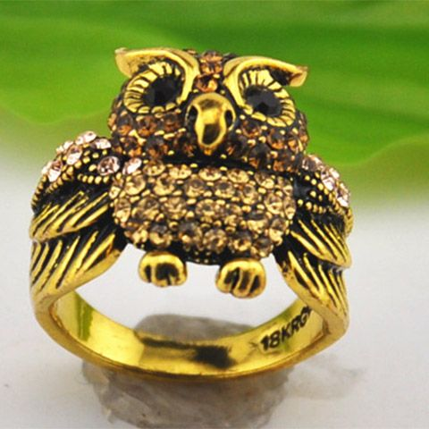 Vintage Rhinestoned Owl Shape Alloy Ring For Women