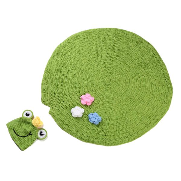 High Quality Handmade Crochet Knit Cap Green Frog Hat+Lotus Leaf Blanket Baby Costume Set