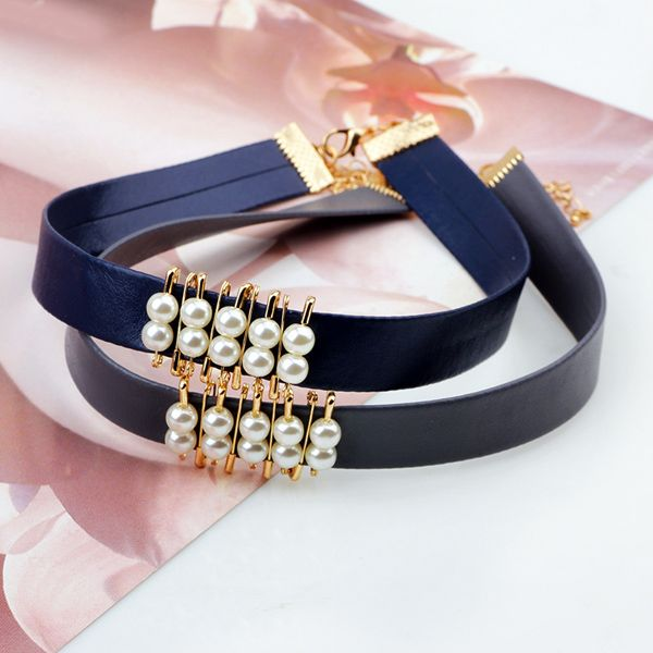 Faux Pearl PU Leather Choker Necklace