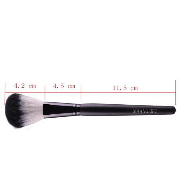 Stylish Wooden Handle Soft Nylon Blush Brush