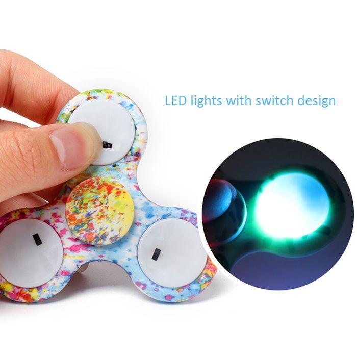 Tri-bar Patterned Fidget Spinner with Flashing LED Lights