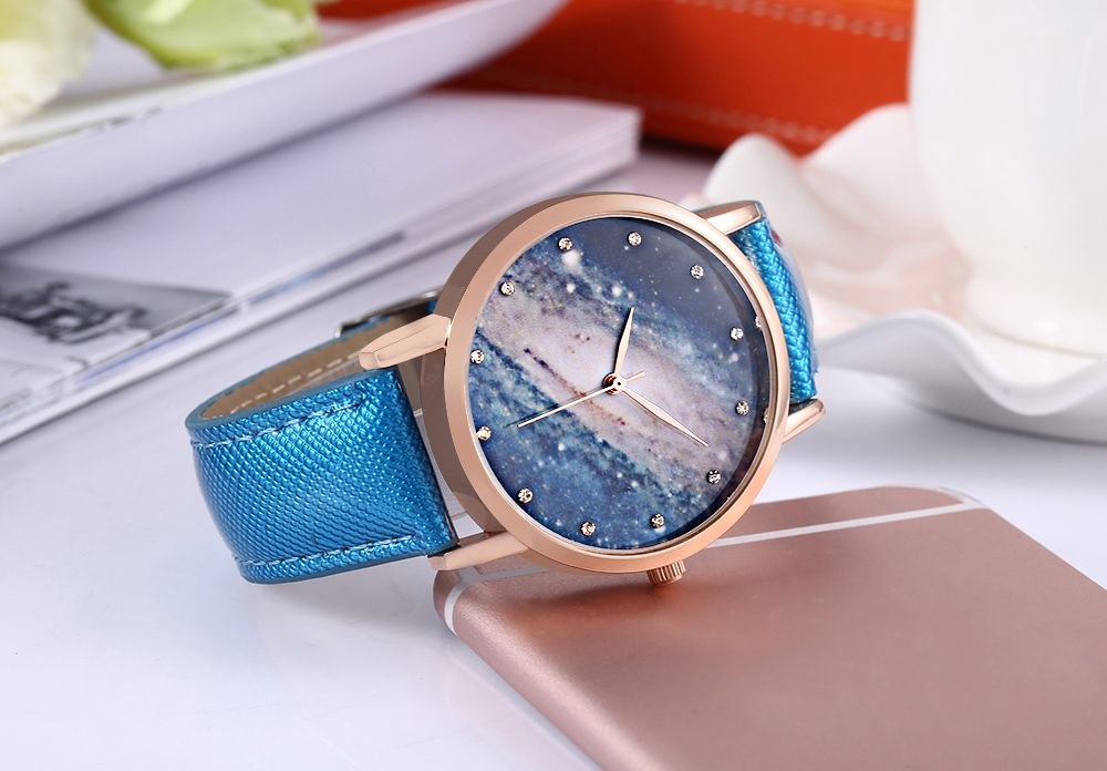 Fashion Women Quartz Watch Artificial Diamond Starry Sky Pattern Dial Wristwatch