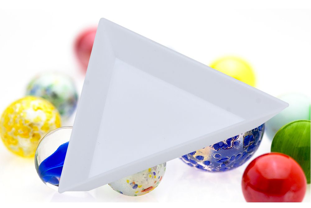 Plastic Triangle Dish Small Components Collection Plate