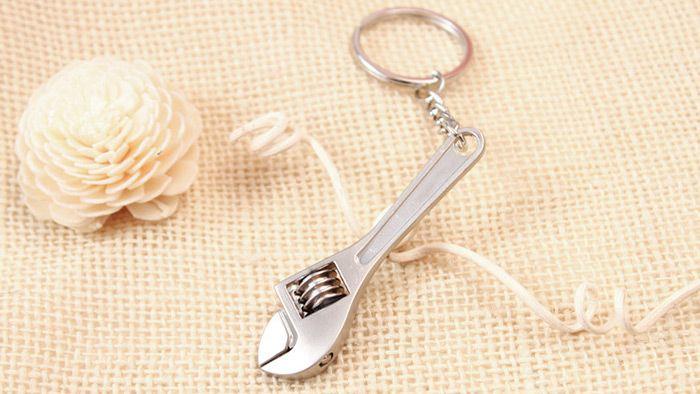 Portable Adjustable Metal Wrench Keychain Pendant