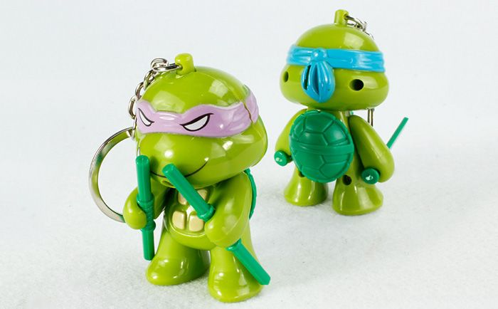 5.7cm 1PC LED Lighting Sound Turtle Key Chain Kid Toy Gift Bag Desktop Decoration