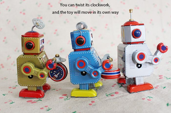 Classical Clockwork Tin Toy Robot Style Intelligent Present