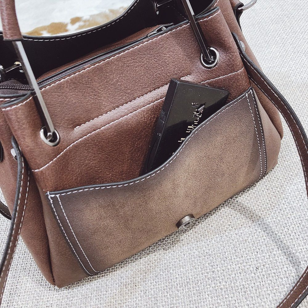 0239ad09f6 2018 New Ladies Handbags Fashion Wild Messenger Messenger Shoulder Large  Volume Handbags Trendy Fashion Handbags