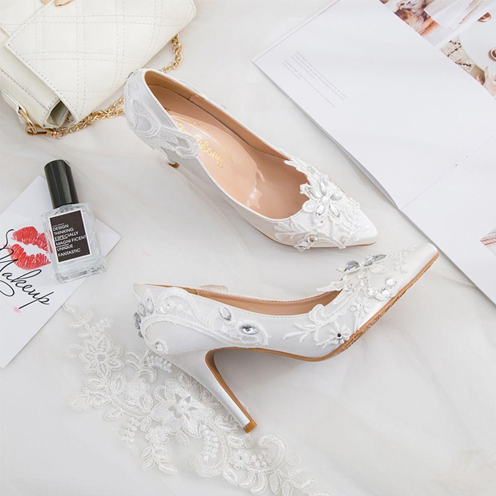 412c1bf2d Saudi Rosegal.com   WHITE أحذية الزفاف الأبيض اليد زين وأشار أحذية ...